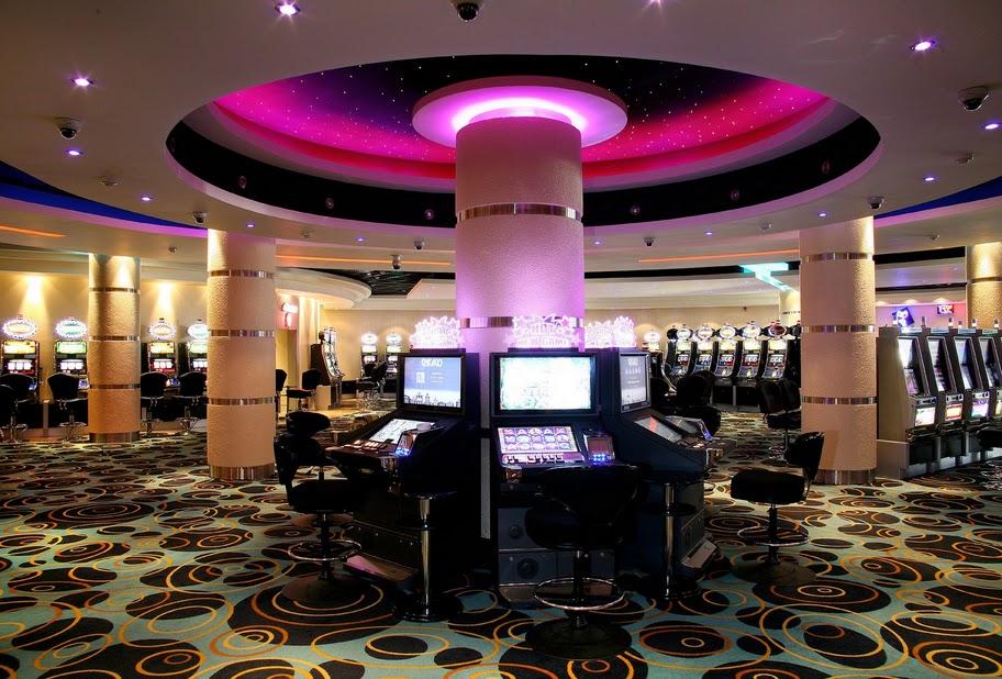 Silvia ansaldi seveso casino palace